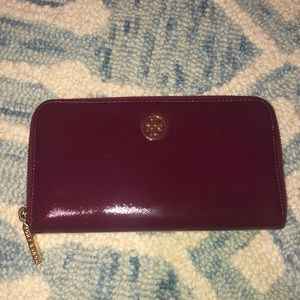 Tory Burch Berry Patent Leather Wallet